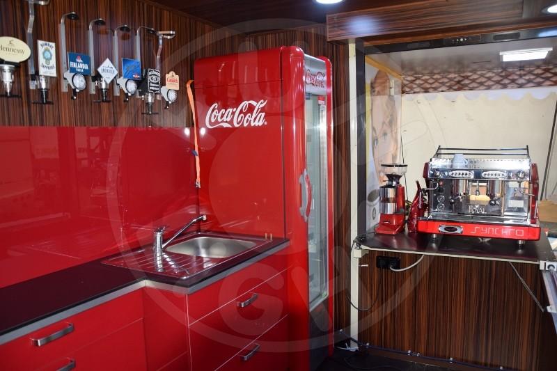RETRO COFFEE SHOP, CAFÉ, mobile café | Funlight