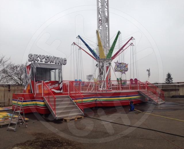 Star Flyer Swing Tower Funlight